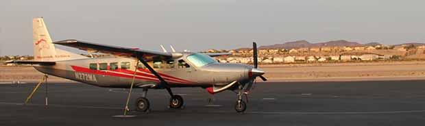 Un aereo pronto per il decollo da Las Vegas al Grand Canyon.